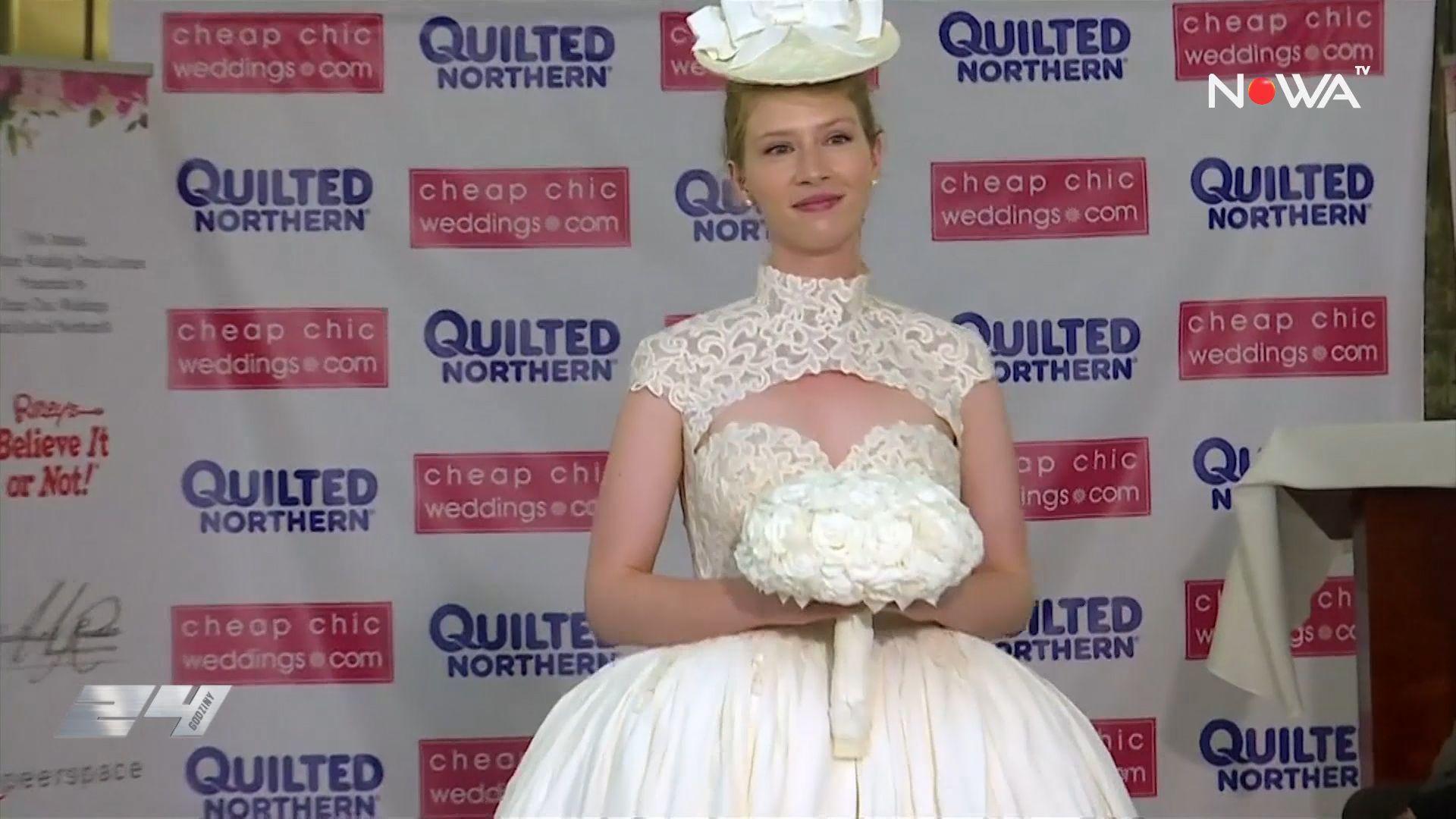 Suknie ślubne z papieru toaletowego? Projektanci zaskoczyli pomysłowością!