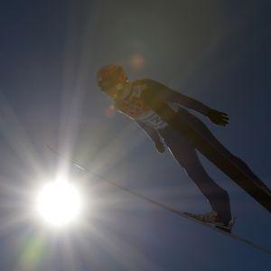 Skoki narciarskie 2014/2015: gdzie oglądać Puchar Świata w TV? Sprawdźcie, kto transmituje skoki w telewizji i pozwoli być Up In The Air [VIDEO]
