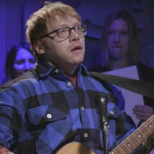 Ed Sheeran i Rupert Grint to ta sama osoba! O co chodzi? [VIDEO]