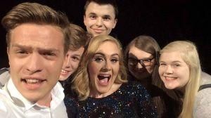 Adele zaprosiła Polaków na scenę! Nastolatkowie z Radomska zrobili z Adele świetne zdjęcia - zobacz je!