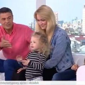 HIT: Wnuczka Hołowczyca, Prokop i Wellman śpiewają. 2-latka zrobiła totalną demolkę!