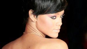Rihanna nago pod prysznicem. Wokalistka zagra w kultowej scenie filmowej