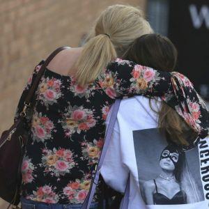 Rodzice nadal szukają dzieci po zamachu w Manchesterze. Najmłodsze ma 8 lat