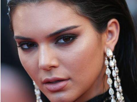 Kendall Jenner jest medium