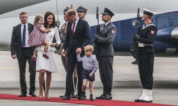 Zdjęcie z artykułu: William i Kate w Polsce: ZDJĘCIA! Mały George ukradł show! Co za łobuziak!