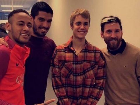 Justin Bieber z piłkarzami FC Barcelona