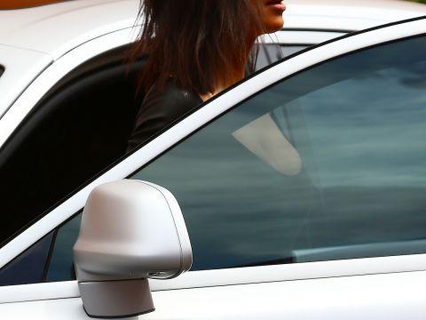 Kim Kardashian w mini