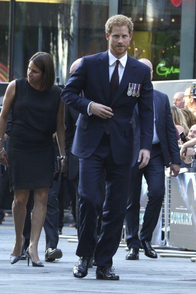 Zdjęcie z artykułu: Dunkierka: Harry Styles na czerwonym dywanie! Premiera Dunkirk w Londynie - ZDJĘCIA!
