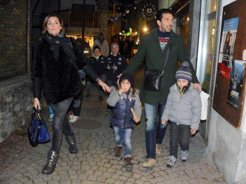 Gigi Buffon, bramkarz Juventus Turyn z rodziną