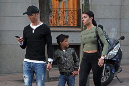 Cristiano Ronaldo, jego syn i dziewczyna, Georgina Rodriguez