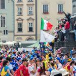 Pielgrzymi opanowali krakowski Rynek [ZDJĘCIE DNIA]
