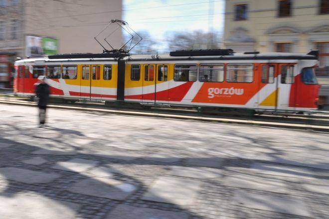 Zdjęcie z artykułu: Zawodowcy w wiosennym tramwaju w Gorzowie