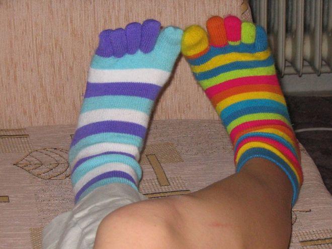 Zdjęcie z artykułu: Załóż jutro kolorowe skarpetki nie do pary! Przyłącz się do światowej akcji [AUDIO]