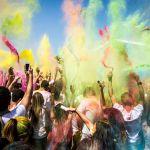 Wielki flash mob na Starówce w weekend. Muzyka, taniec i kolorowy proszek