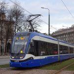 Papież pojedzie w Krakowie tramwajem z Bydgoszczy! Zobacz, jak prezentuje się skład Pesy! [WIDEO]