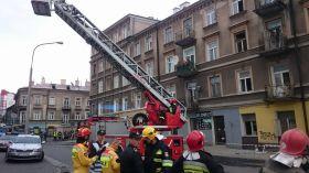 Ratownicy z całej Polski przyjechali do Lublina. Katastrofie winny jest zły stan techniczny budynku?