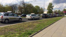 Protest taksówkarzy. Ulice Łodzi zablokuje około 900. aut [SZCZEGÓŁY]