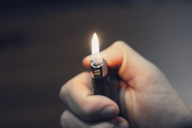 Zdjęcie z artykułu: Jaworzno: Nie żyje 19-latek. Najprawdopodobniej zatruł się... gazem z zapalniczki