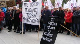 Kilkuset nauczycieli w Poznaniu straci pracę