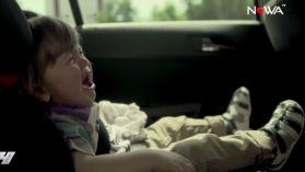 Katowice: Dziecko zatrzaśnięte w aucie. Na pomoc ruszyli policjanci