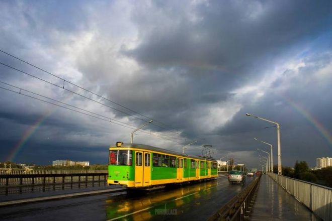 Zdjęcie z artykułu: Tęcza nad tramwajem
