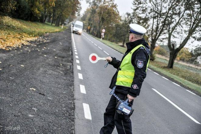 Zdjęcie z artykułu: Policjanci zatrzymują kierowców w całej Wielkopolsce. Co sprawdzają?