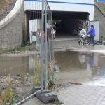 Kraków: Zabłocie jak wielki plac budowy. Zniszczone drogi, ciężarówki i śmieci [AUDIO, WIDEO]
