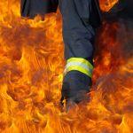 Pożar w bloku przy Fasolowej. Ewakuowano mieszkańców