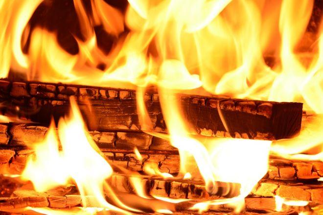 Zdjęcie z artykułu: Tragiczny pożar w Hajnówce. Nie żyje kobieta