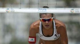 """ME w siatkówce plażowej. Kinga Kołosińska i Jagoda Gruszczyńska zagrają w barażu o """"16"""""""