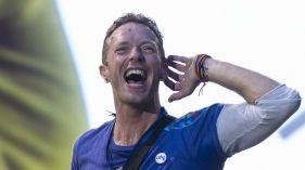 """Rozśpiewany tłum na koncercie Coldplay w Warszawie. """"Mają tutaj naprawdę dobre głosy!"""" - Noizz"""