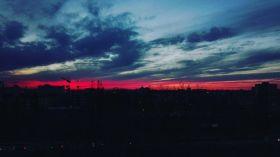Zjawiskowy zachód słońca nad Bartodziejami [ZDJĘCIE DNIA]