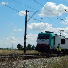 Mężczyzna zginął pod kołami pociągu! Wszedł na tory, wprost pod nadjeżdżający skład [ZDJĘCIA]