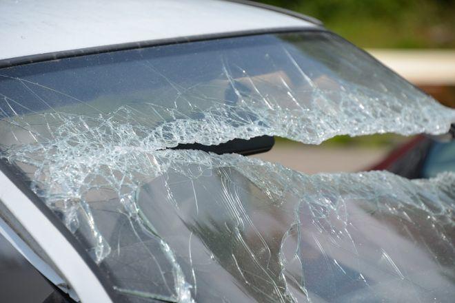 Zdjęcie z artykułu: Śląskie: Wypadek limuzyny BOR. W rządowe auto wjechała ciężarówka