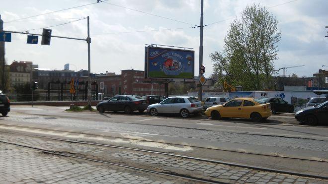 Zdjęcie z artykułu: Ekspert alarmuje: Nabrzeża Odry we Wrocławiu grożą zawaleniem. Mamy się czego obawiać! [AUDIO]