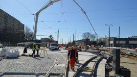 Zmiany na Dąbrowskiego/Śmigłego-Rydza [AUDIO]. Wracają tramwaje, ruch samochodowy przenosi się na nową jednię