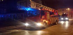 Duży pożar u zbiegu Tuwima i Wydawniczej. Nad Łodzią unosi się siwy dym