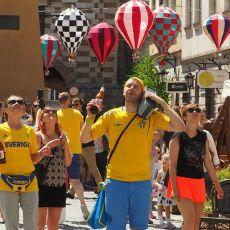 Szwedzi opanowali Lublin! Zwiedzają miasto, bawią się i tańczą na Starym Mieście do późnej nocy [ZDJĘCIA, WIDEO]