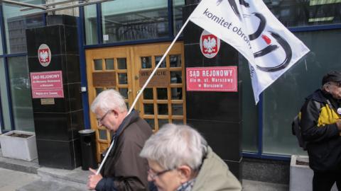 """UJAWNIAMY. Prezesi sądów zmuszali sędziów do strajku. Mamy dowód! Prezes Sądu Okręgowego w Krakowie pisze do sędziów: """"Obecność na zebraniu obowiązkowa"""""""