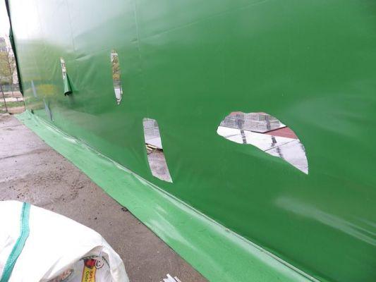 Zniszczyli balon nad boiskiem przy PS nr 51 w Poznaniu