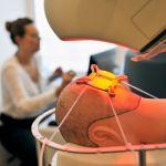 Robot do przeszczepu włosów pracuje w Katowicach. Jest szybki i precyzyjny [ZDJĘCIA]