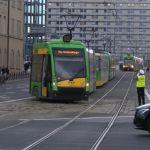 Wykolejenie tramwaju na Świętym Marcinie – bimby jeżdziły objazdami [FOTO]