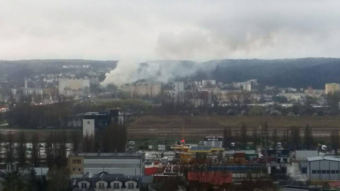 Gdynia: Duży pożar przy ulicy Orlicz-Dreszera