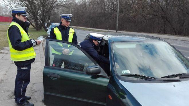 Zdjęcie z artykułu: Kolejna duża akcja policji na terenie całej Wielkopolski [WIDEO]