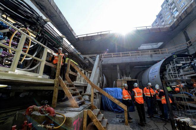 Budowa Metra Na Targowku Ruszylo Drazenie Tunelu Wiadomosci