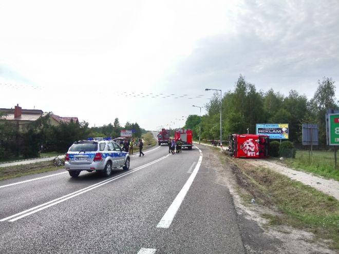 Zdjęcie z artykułu: Wypadek autobusu w Nowej Dębie. Wiele osób rannych [WIDEO NOWA TV 24 GODZINY]
