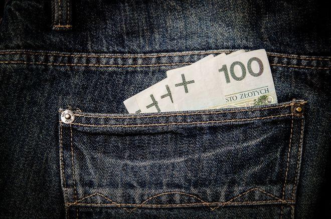 Zdjęcie z artykułu: Płaca minimalna 2017: Ile na rękę, netto, za godzinę? [NAJNIŻSZA KRAJOWA]